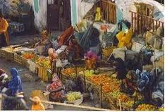 L'ancien marché, à la place Rimbaud